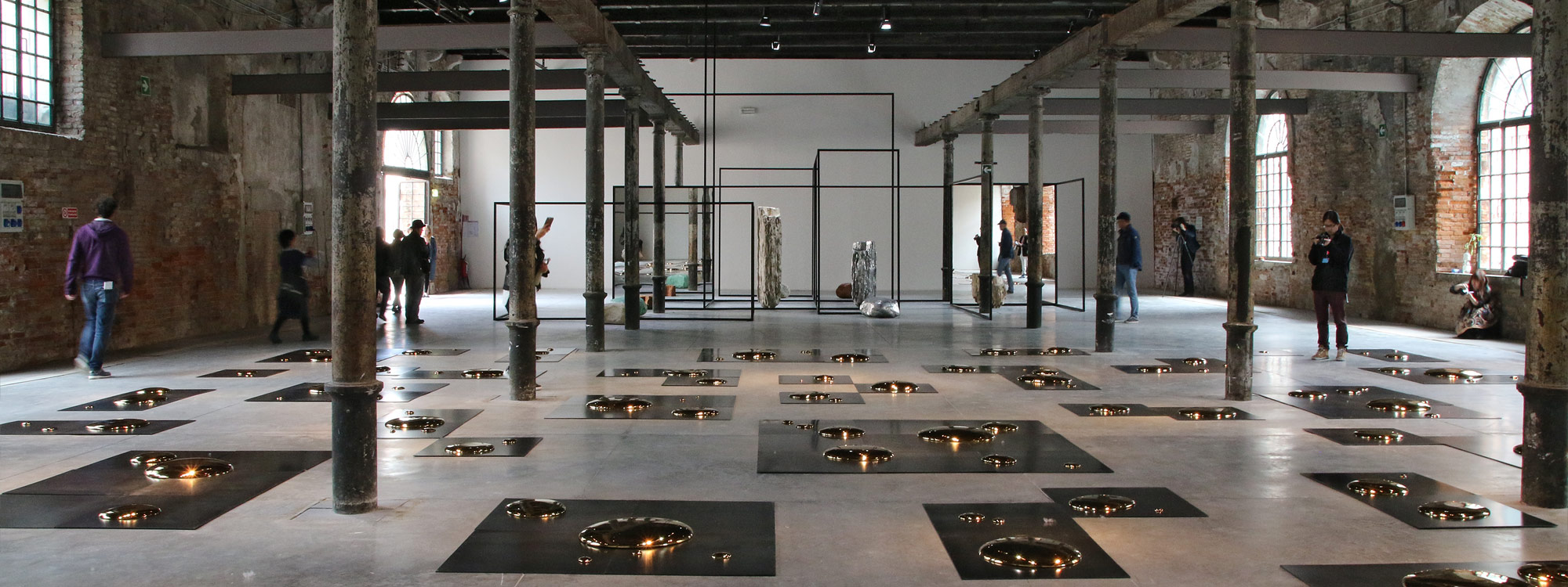 Zentrale Ausstellung - Arsenale