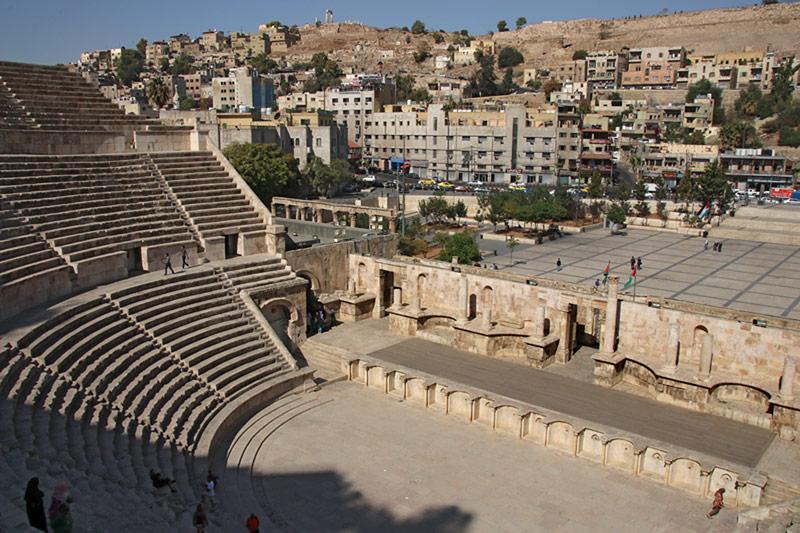 Tour from the Roman Theatre to Ras Al Ain