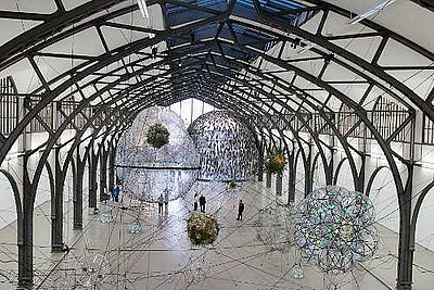 Tomás Saraceno. Cloud Cities
