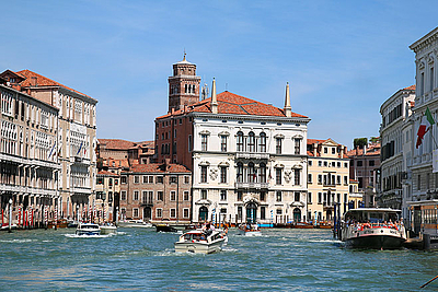 Grand Canal - to Cannaregio