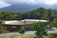 01-135 Botanic