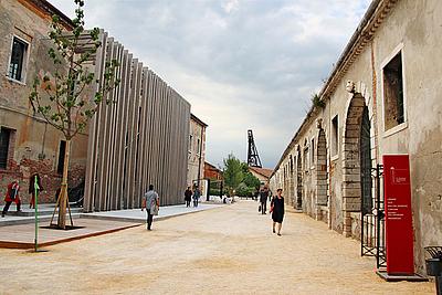 Pabellones: Arsenale y Giardini