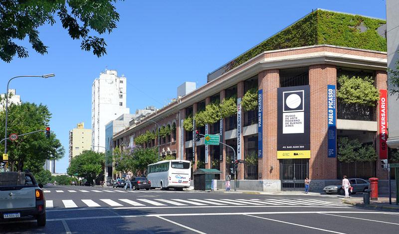 Vom Moderno zum Parque Lezama