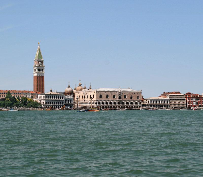 Bienal de Venecia, la Biennale di Venezia
